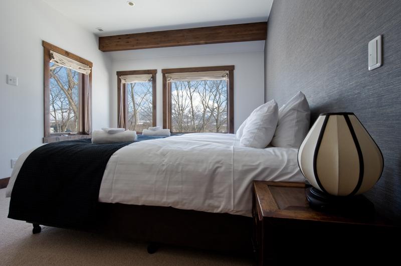 Eliona King Size Bed | Lower Hirafu Village, Niseko
