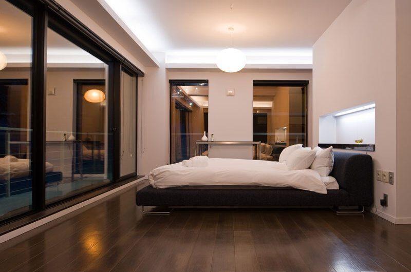 Ezo Views Blackcomb Bedroom | Hirafu Izumikyo 1, Niseko