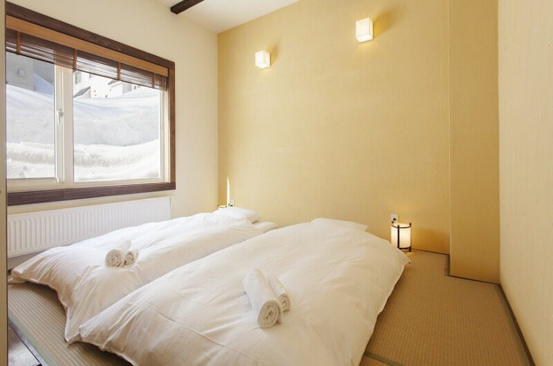 Ginsetsu Bedroom   Middle Hirafu Village, Niseko