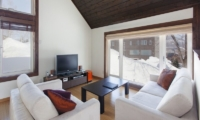 Ginsetsu Living Room | Middle Hirafu Village, Niseko