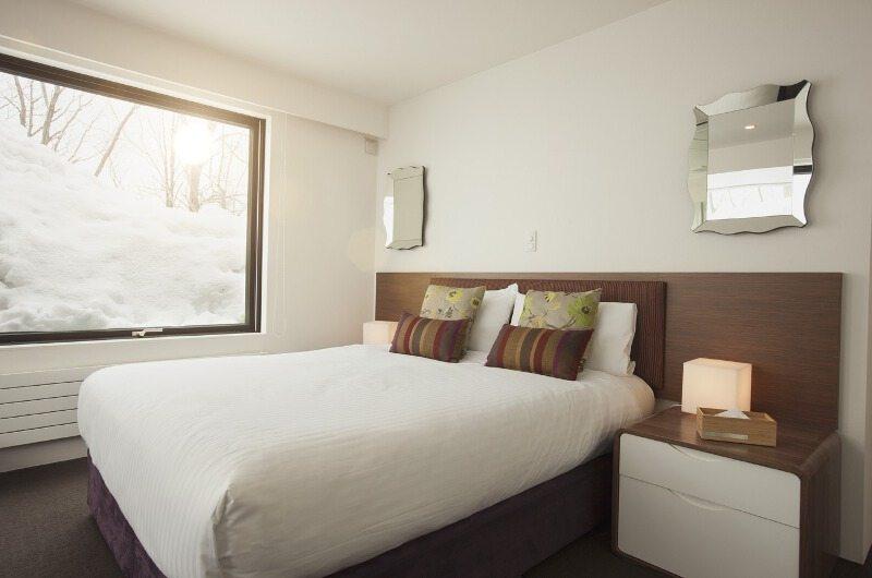 Glass House Bedroom | Lower Hirafu Village, Niseko