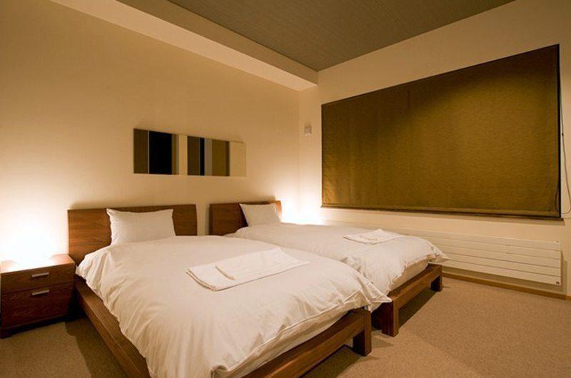 Hana & Jo Twin Bedroom | Hirafu Izumikyo 2, Niseko