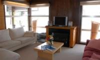 Jurin Cottage Living Room | Hirafu Izumikyo 1, Niseko
