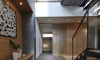 Kasetsu Front Door | Hirafu, Niseko