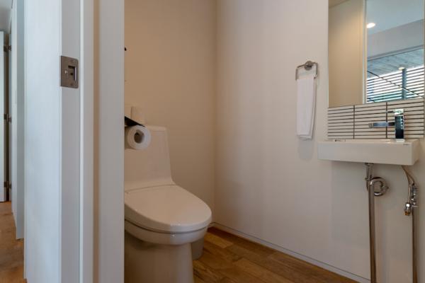 Kawasemi Residence Bathroom Area | Hirafu, Niseko