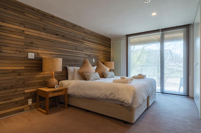 Kawasemi Residence Spacious Bedroom Side | Hirafu, Niseko