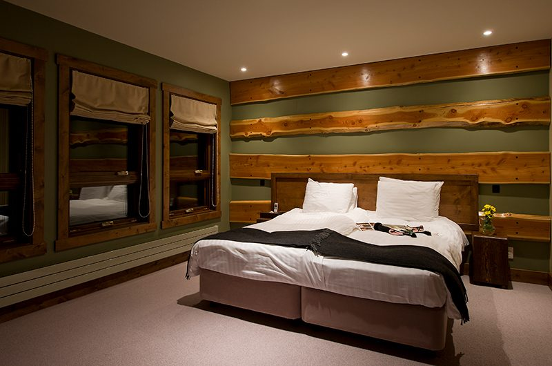 Latitude 42 Twin Beds | Hirafu, Niseko