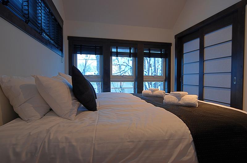 Mojos Bedroom Side | Hirafu, Niseko