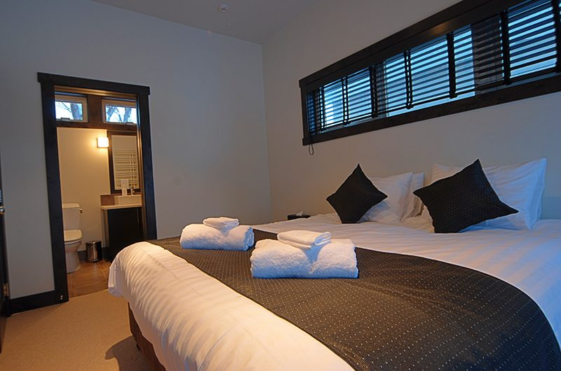 Mojos Bedroom with Enclosed Bathroom | Hirafu, Niseko