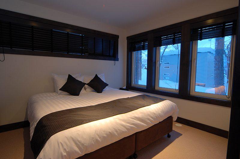 Mojos Double Bedroom | Hirafu, Niseko