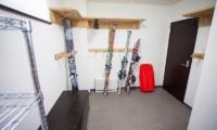 Neyuki Ski Room | Middle Hirafu Village, Niseko