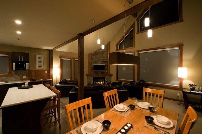 Niseko Creekside Dining Room | Hirafu Izumikyo 1, Niseko