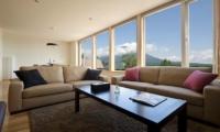 Oak Ridge Living Room | Hirafu Izumikyo 2, Niseko