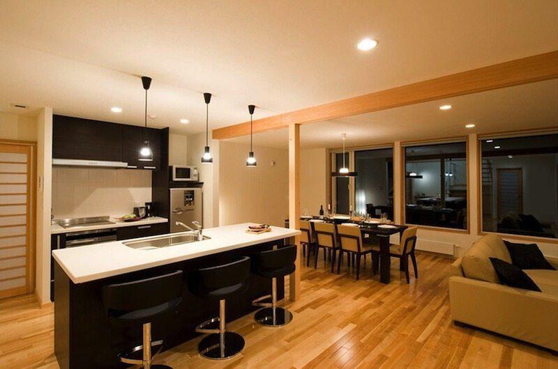 Oak Ridge Kitchen | Hirafu Izumikyo 2, Niseko