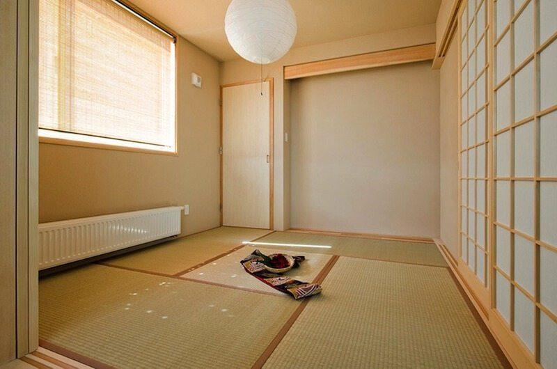 Oak Ridge Tatami Room | Hirafu Izumikyo 2, Niseko