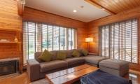 Powder Cottage Living Room | Hirafu, Niseko