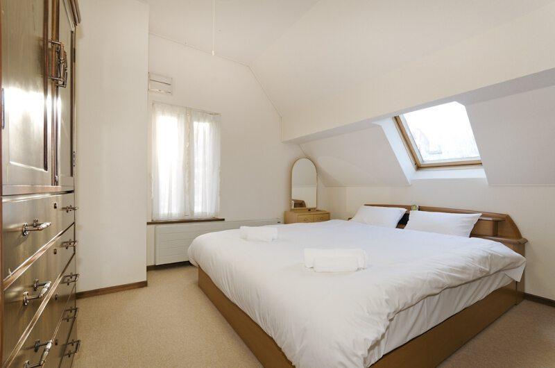 Powderhound Lodge Bedroom | Upper Hirafu Village, Niseko