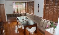 Seizan Dining Table | Hirafu, Niseko