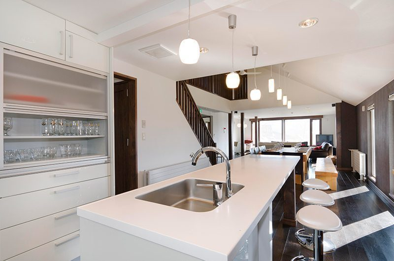 Sugarpot Fully Equipped Kitchen | Lower Hirafu Village, Niseko