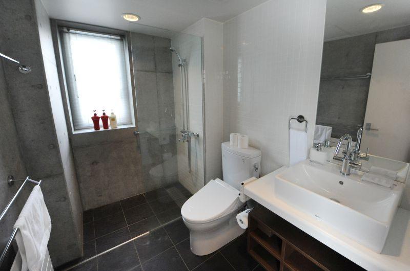 Yume Basho En-suite Bathroom | Lower Hirafu Village, Niseko