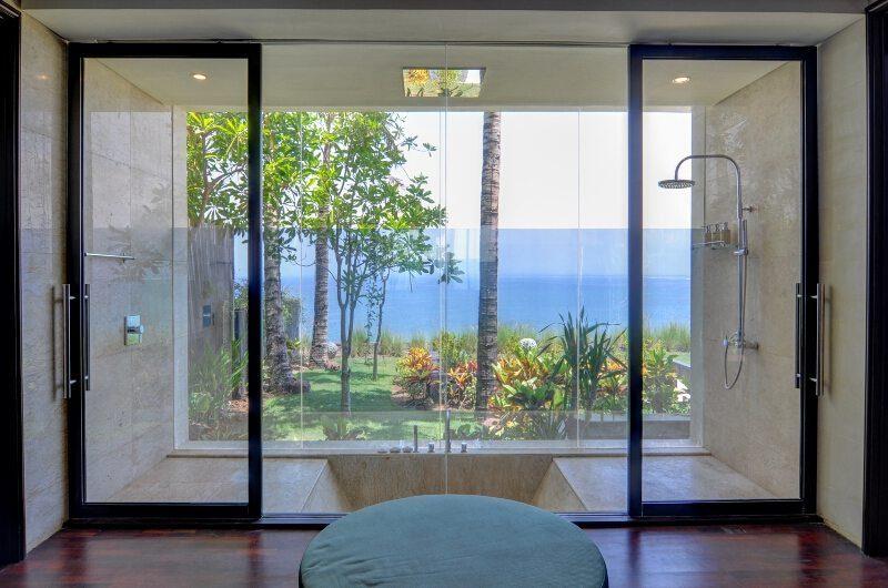 Villa Aum Bathroom | Uluwatu, Bali