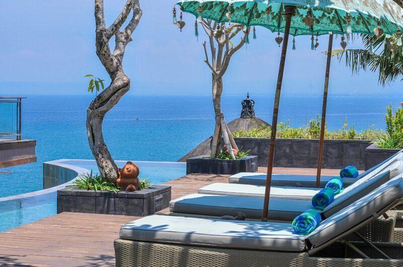 Villa Aum Sun Loungers | Uluwatu, Bali