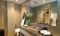 Villa Mia En-suite Bathroom | Canggu, Bali