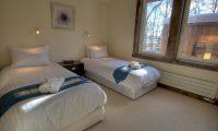 Gouka Lodge Bondi Twin Bedroom Area | Hirafu, Niseko