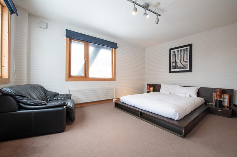 Shin Shin Bedroom | Hirafu, Niseko