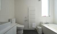 Ummei Bathroom | Hirafu, Niseko