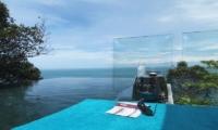 Villa Amanzi Infinity Pool | Phuket, Thailand