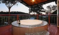 O'Reillys Bathtub | Gold Coast Hinterland, Queensland