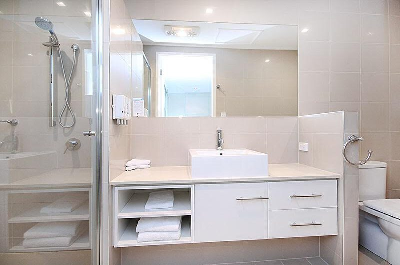 O'Reillys Bathroom | Gold Coast Hinterland, Queensland