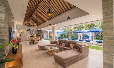 Freedom Villa Living And Dining Area | Petitenget, Bali