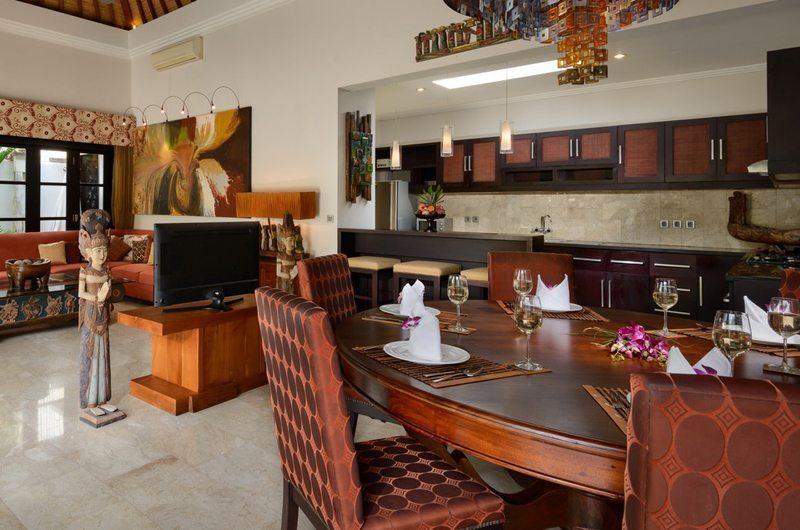 The Residence Villa Amman Dining Room