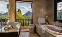 The Residence Villa Nilaya Residence En-suite Bathroom | Seminyak, Bali
