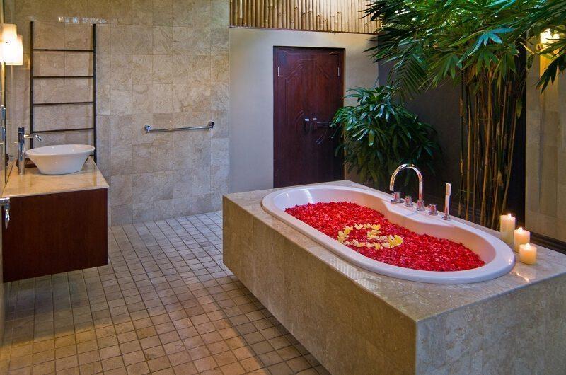 The Residence Villa Nilaya Residence Bathtub | Seminyak, Bali