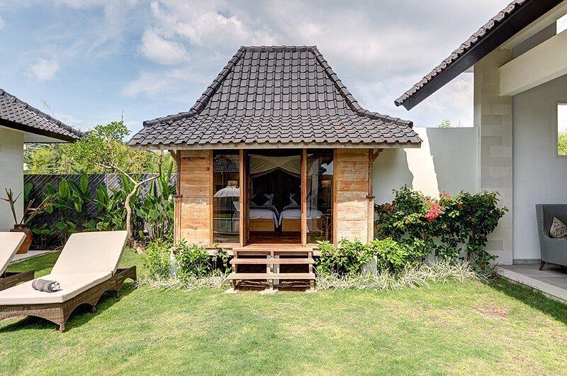 Villa Iluh Twin Bedroom | Batubelig, Bali