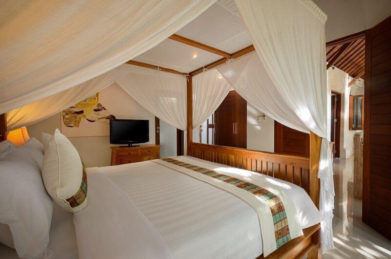 Villa Istana Satu Four Poster Bed | Seminyak, Bali