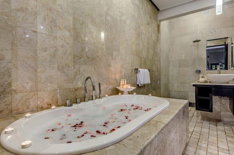 Villa Jepun Residence Bathtub | Seminyak, Bali