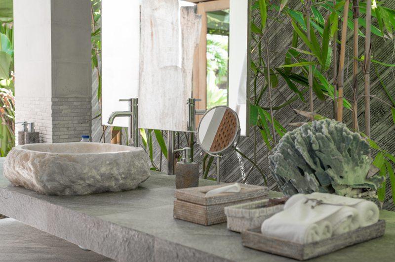 Villa Ketut Bathroom | Petitenget, Bali