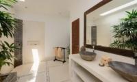Villa Kyah Guest Bathroom | Kerobokan, Bali