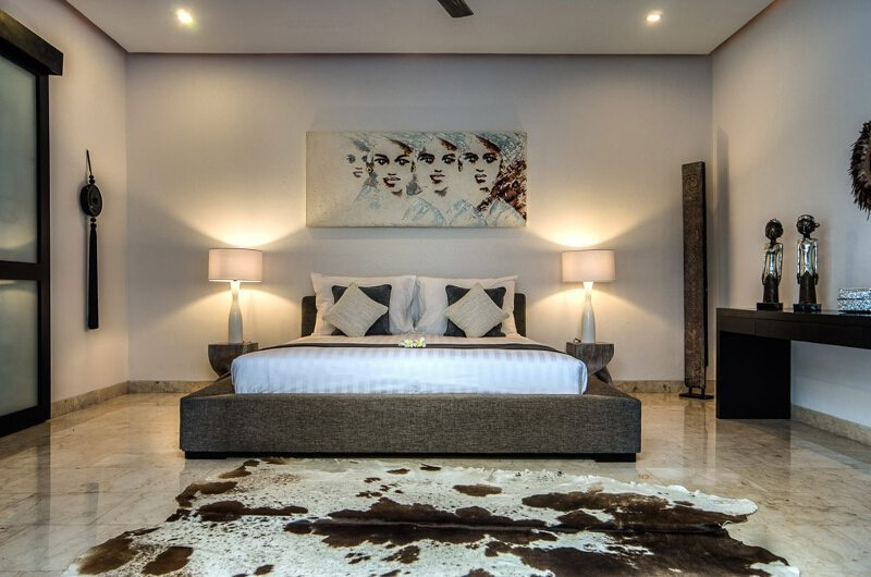 Villa Lanai Residence Master Bedroom Front View | Seminyak, Bali