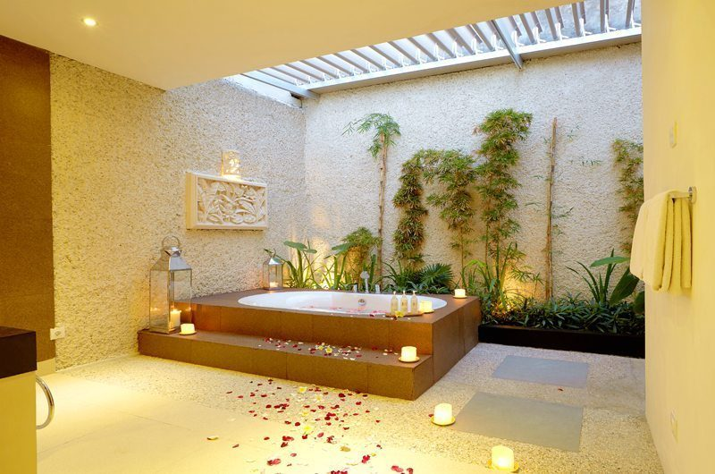 Villa Seriska Dua Sanur Bathroom One | Sanur, Bali