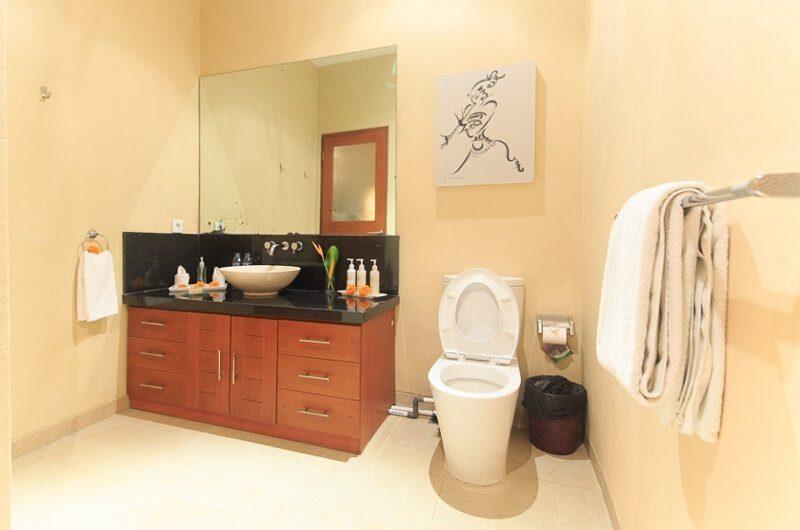 Villa Seriska Dua Seminyak Bathroom | Seminyak, Bali