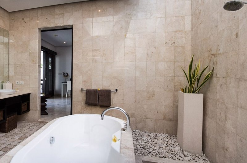 Villa Zensa Residence Bathroom | Seminyak, Bali