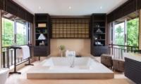 Villa Maeve Bathtub | Koh Samui, Thailand