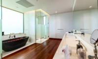 Villa Paradiso Bathroom | Naithon, Phuket