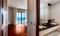 Villa Paradiso Bedroom and En-suite Bathroom | Naithon, Phuket