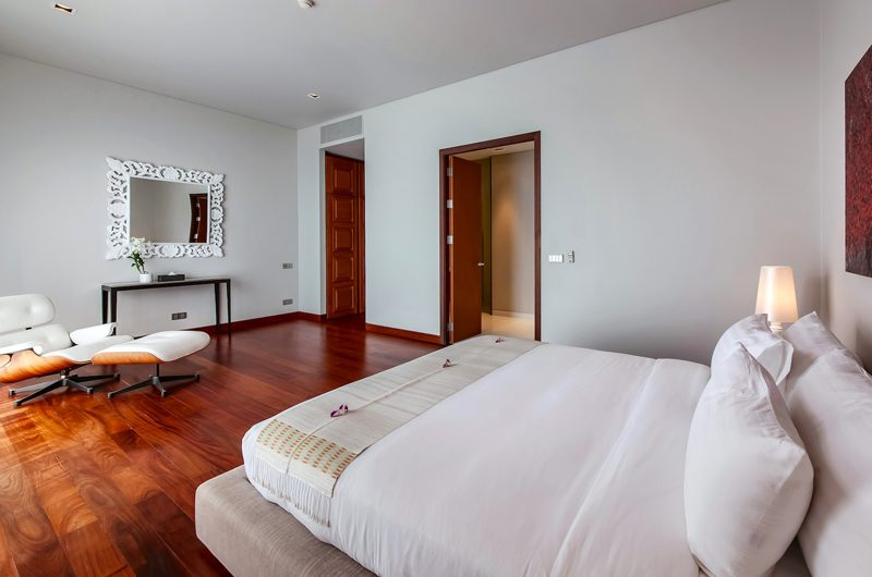 Villa Paradiso King Size Bed | Naithon, Phuket
